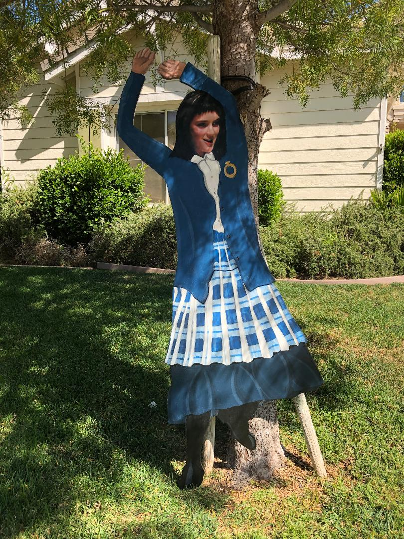 Details about LYDIA from BEETLEJUICE 6 FT TALL HALLOWEEN LAWN ART YARD SIGN DECOR EPIC PIECE